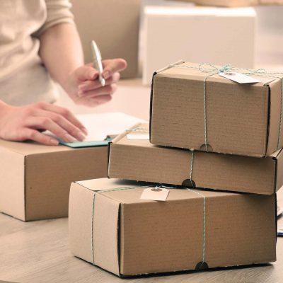Versanddienstleister, Pakete, Versand-Schnittstelle